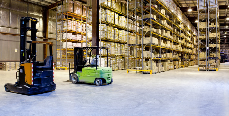 Warehouse space close to a major shipping hub