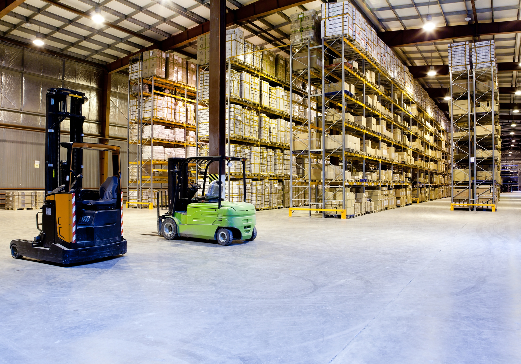 Warehouse space for lease close to a major shipping hub